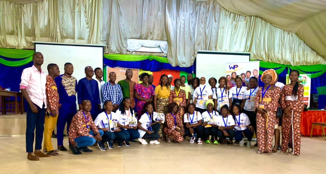concours-Meilleure-Etudiante-Leader-dEntite-Women and Power Association